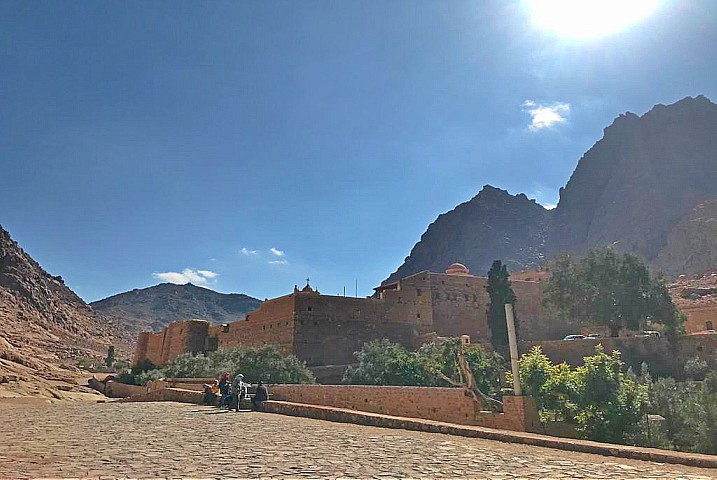 Mount Sinai Sunrise Hiking Tour