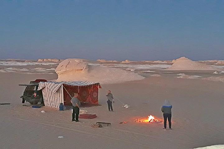 The White Desert and Bahariya Oasis Overnight from Cairo