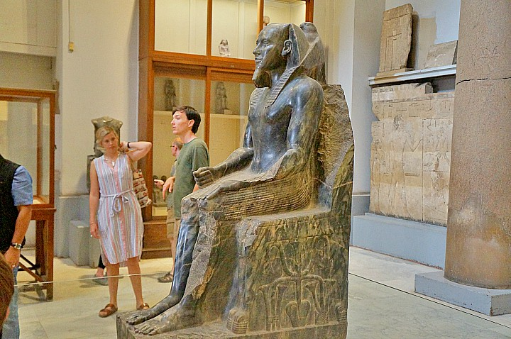 Giza and Cairo Day Tour