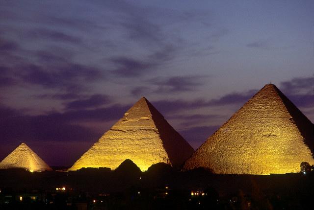 giza pyramids