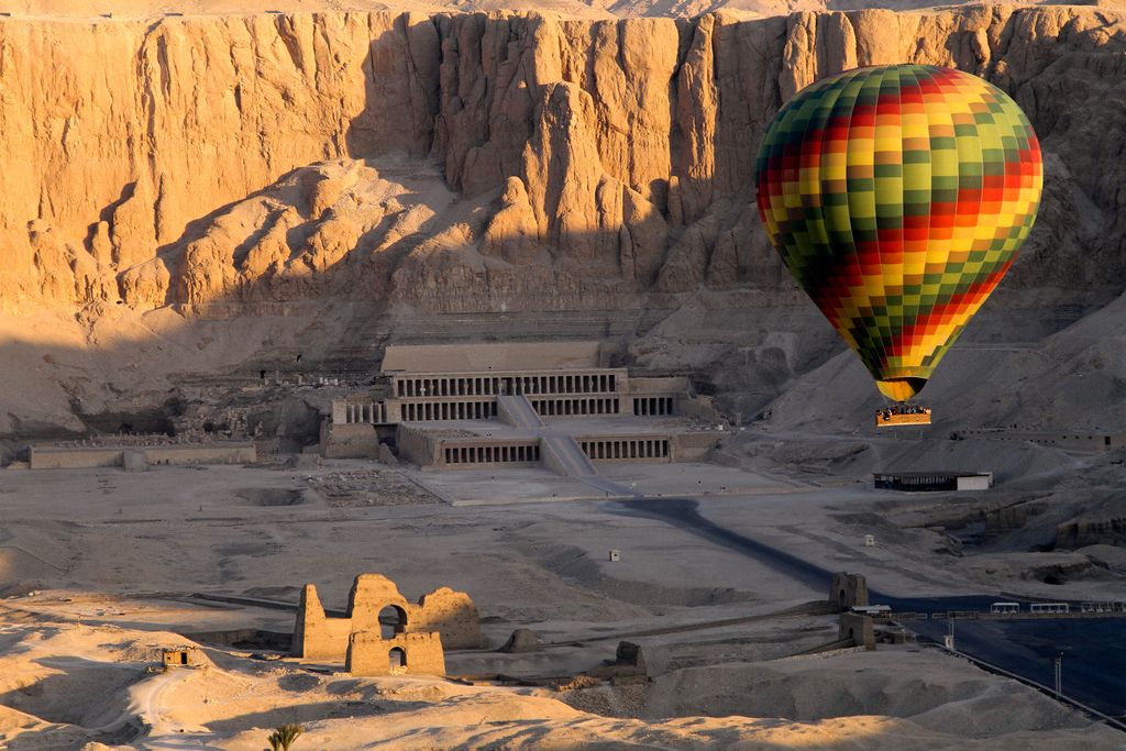 Luxor Hot Air Balloon Ride | Hot Air Balloon in Luxor | Egypt day tours in Luxor