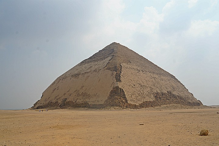 Tour to Giza Pyramids, Dahshur and Meidum Pyramid