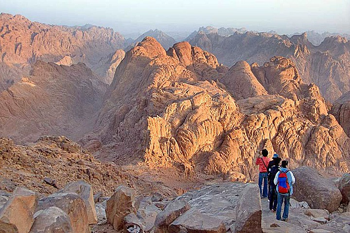 Farsh Zaatar Meditation Trip in Sinai