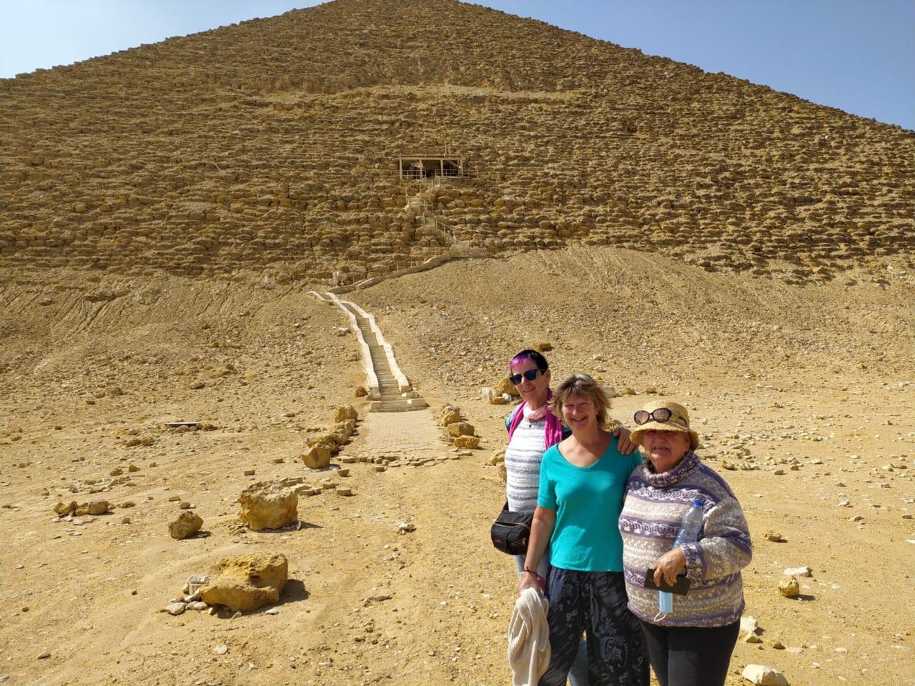 Tour to Giza Pyramids   Giza Pyramids and the Egyptian Museum Tour   Pyramid Cairo Tour