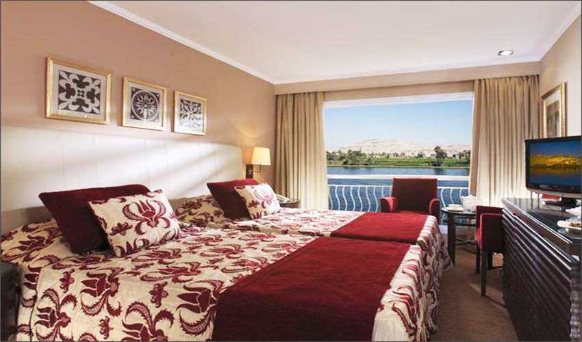 4 Days Steigenberger MS  Minerva Nile Cruise from Aswan to Luxor
