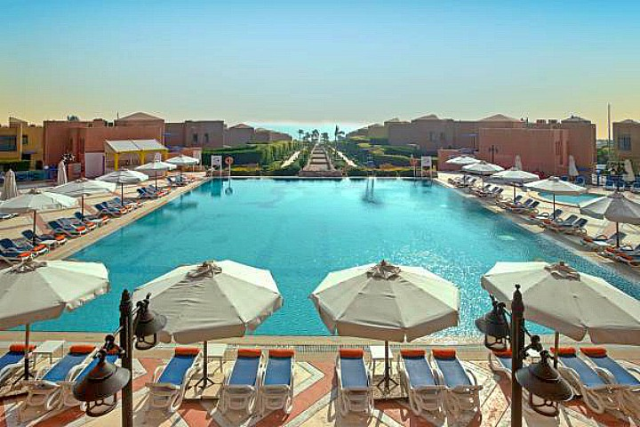 Day Use in El Sokhna Resort from Cairo
