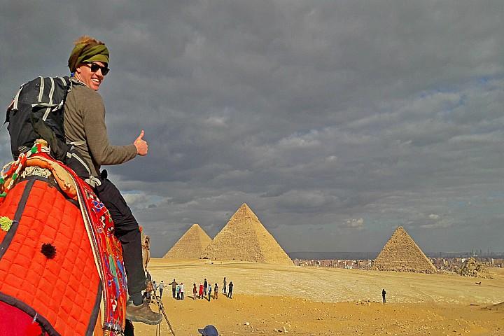 Giza Pyramids Tour to the pyramids, Memphis and Saqqara